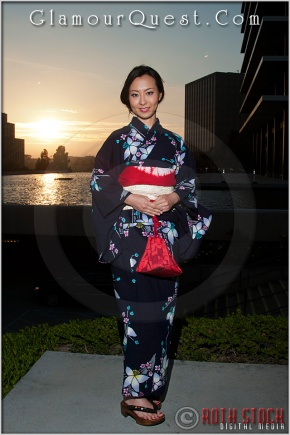 Sakiko models a traditional Japanese Yukata in Downtown Los Angeles
